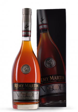 Cognac Remy Martin VSOP + cutie cadou (0.7L) Image